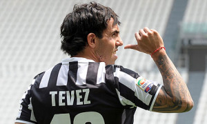 Argentina's striker Carlos Tevez