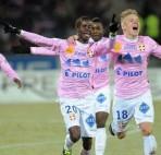 Agen Bola Rupiah - Prediksi Evian Thonon Gaillard VS Stade Lavallois MFC 28 October 2015 Arenascore.net