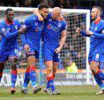 Oldham Athletic vs Bury